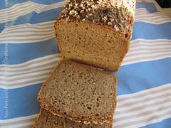 ©Roggenmischbrot mit Roggenbrühstück und 30% Dinkelvollkornmehl 002