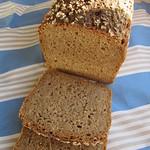 Roggenmischbrot mit Roggenbrühstück und 30% Dinkelvollkornmehl