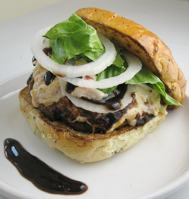 pimento cheeseburger w/ tomato-balsamic reduction