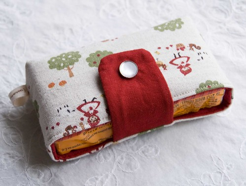 Little Red Riding Hood Snappy Tissue Cozy