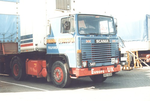 Scania 141 GND 832V (Swains of Stretton) Dover docks 1989