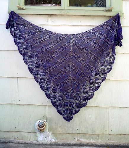 garden path shawl