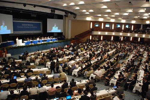 UNFCCC Executive Secretary speaks at opening plenary session