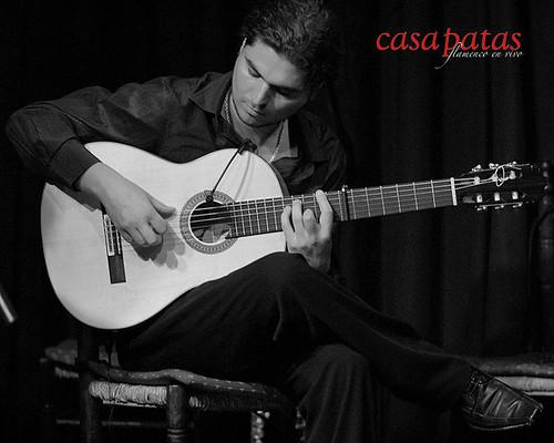 "Víctor ""El Tomate"" a la guitarra. Foto: Martín Guerero"