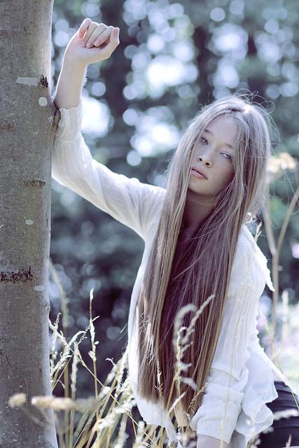 Alexandra Cameron - Glow