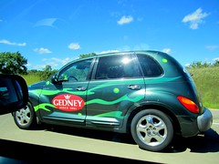 automobile, automotive exterior, sport utility vehicle, wheel, vehicle, automotive design, chrysler pt cruiser, city car, chrysler, land vehicle,