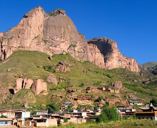 Rabgya monastery and the Mountain Khyung-ngon (Blue Garuda)