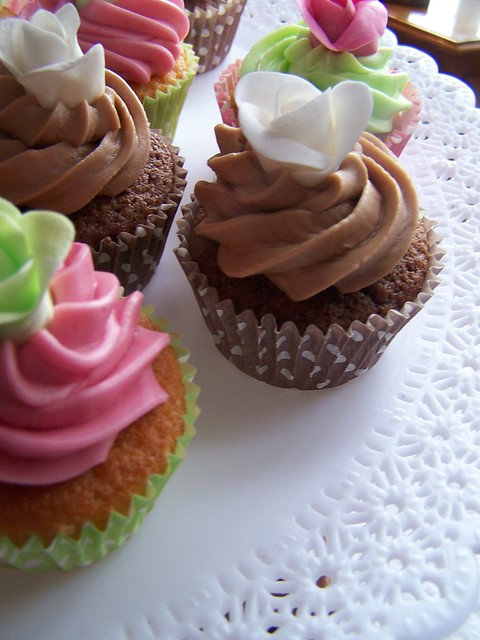 Lime green hot pink and chocolate wedding cupcakes