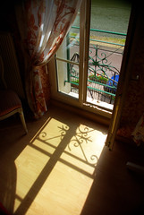 Chambre d'hote: shadows and view