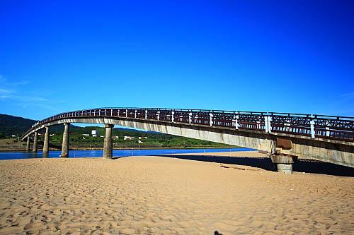 65J6福隆海水浴場-彩虹橋