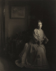 Mrs. White In the Studio, by Clarence White 1907