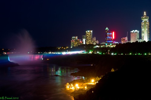 Niagara Falls City by night