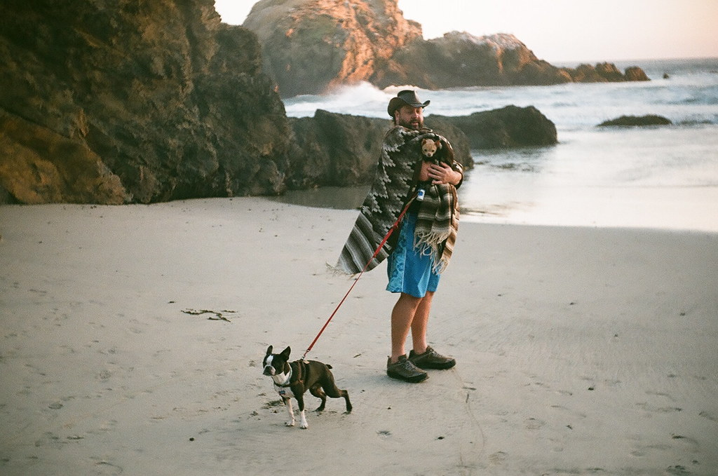 chad and dogs at pfeiffer beach, sunset 7-14
