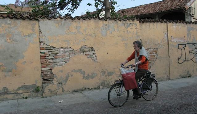 Italy-bikes_03