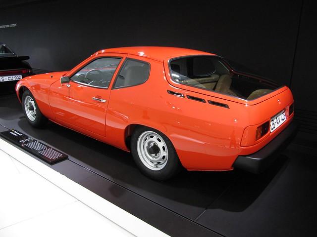 Trasera del prototipo del 924