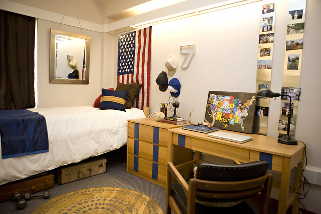 Guy s dorm room before and after kara paslay design - College living room decorating ideas for students ...