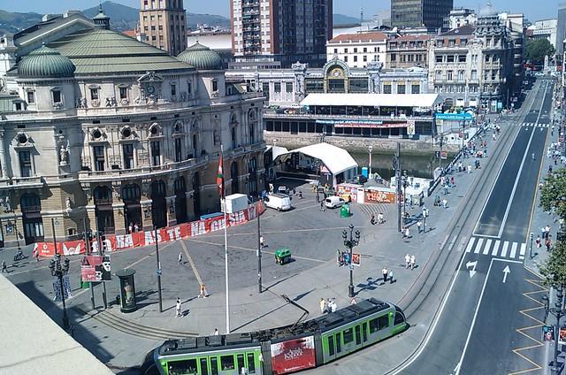 Photo - Plaza del gas bilbao ...