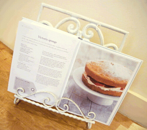 Shabby chic cookbook stand