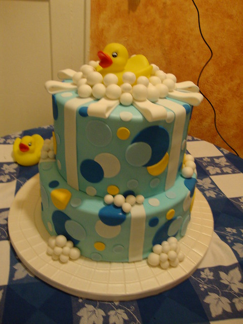 Rubber Duck Baby Shower Cakes http://www.flickr.com/photos/laurapoopie/4778005339/