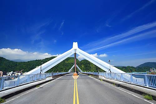 7W97南方澳跨港大橋