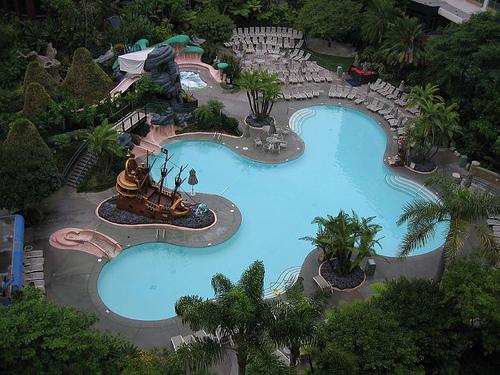 Disneyland Hotel Neverland Pool Flickr Photo Sharing
