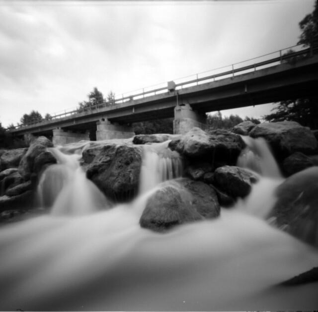ponte sul fiume Orcia | ZeroImage Zero 2000 - Ilford FP4 ...