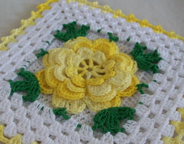 Crochet Thread Rose Pattern Free : Vintage Style Thread Crochet Potholder in Shaded Yellow ...