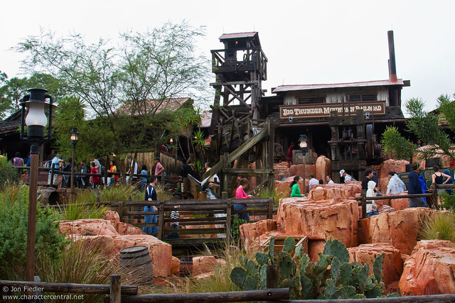 WDW Dec 2009 - Big Thunder Mountain Railroad