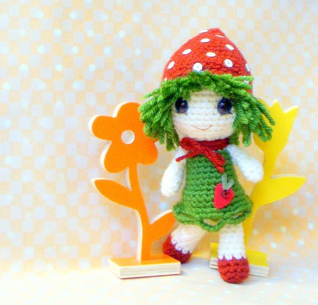 Amigurumi Strawberry Doll Pattern : Strawberry Qtie-Amigurumi doll Flickr - Photo Sharing!