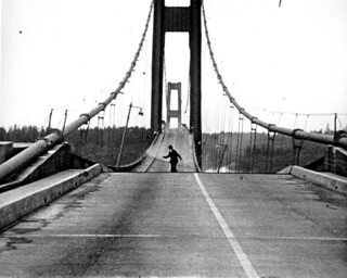 Howard Clifford running off the Tacoma Narrows Bridge during collapse, Tacoma, Washington