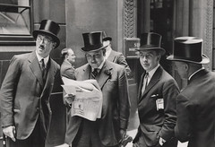 Rendezvous at the London Stock Exchange 1930, by E.O. Hoppe