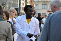 Collecting signatures against nuclear weapons in Europe