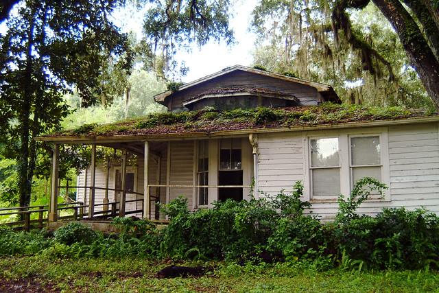 2300+ views - This Old House - Brooksville, FL SR 50