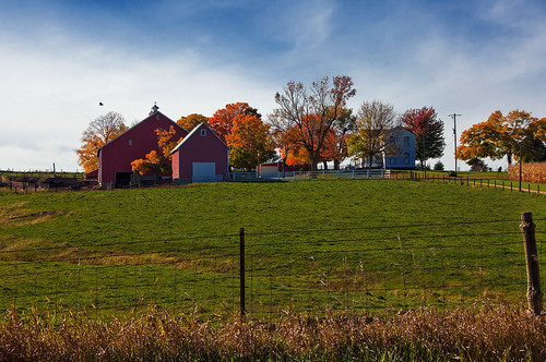 autumn fall barn illinois farm fallcolors il autumncolors northernillinois