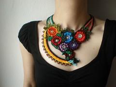 Ranunculus Fluitans ... Freeform Beaded Crochet Necklace