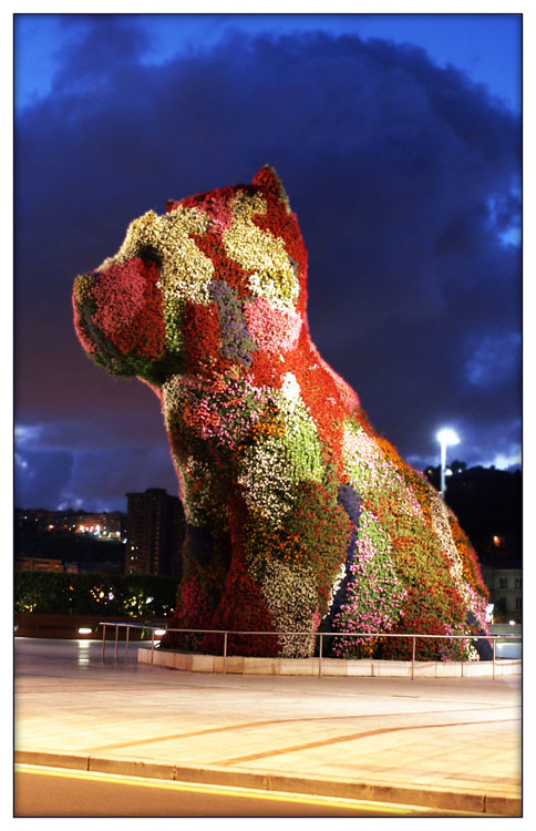 sculpture by Jeff Koons outside the Guggenheim in Bilbao