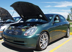 coupã©(0.0), sports car(0.0), automobile(1.0), automotive exterior(1.0), executive car(1.0), wheel(1.0), vehicle(1.0), automotive design(1.0), rim(1.0), mid-size car(1.0), infiniti g(1.0), bumper(1.0), sedan(1.0), land vehicle(1.0),