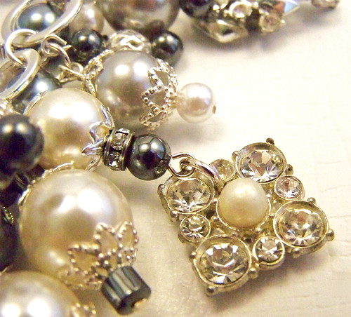 Old Hollywood Glamour Vintage Rhinestone & Pearl Necklace