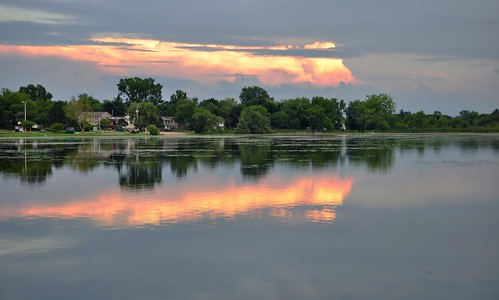 nature clouds reflections landscapes illinois nikon midwest sunsets beautifulclouds pinoy naturescapes lilylake d90 mchenrycounty wetreflections lakemoor perfectsunsetssunrisesandskys setholiver1 circularpolarizers 18105mmnikkoelens