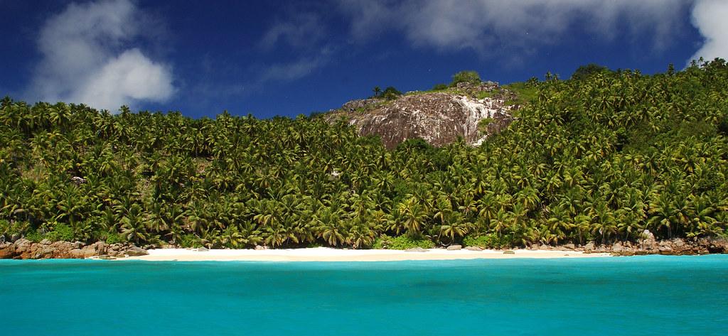Fregate остров