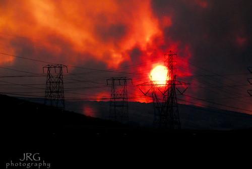 sunset tower fire smoke palmdale wildfire anaverde crownfire calfires