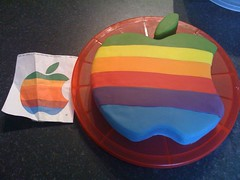apple macalicious birthday cake