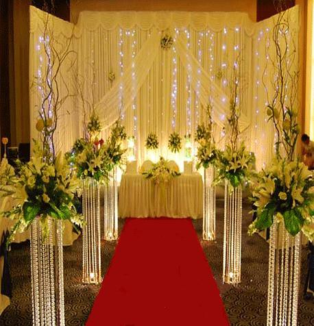 metal stand with acrylic beads for wedding aisle decoration round and