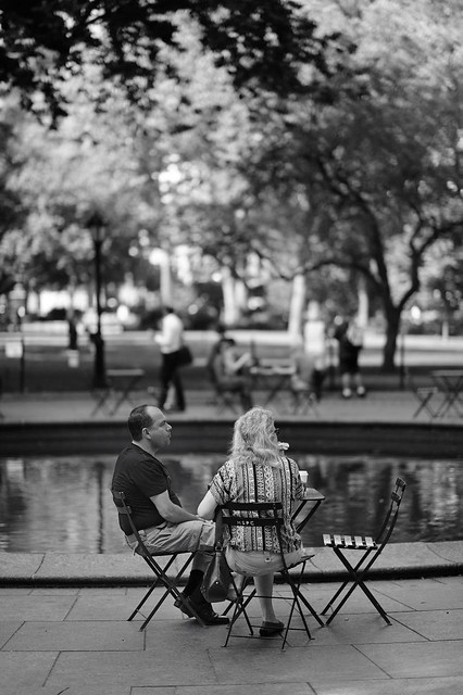 Sitting in the park w AF-S /85mm f/1.4G