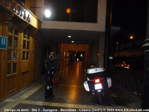 En moto por los alpes din ricos hungr a y el tirol d a for Dormir en zaragoza centro