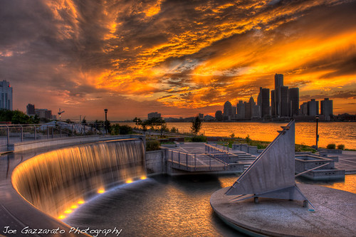 city sunset nature skyline architecture clouds reflections lights gm colorful artistic michigan detroit scenic sunsets places national windsor geographic nationalgeographic rencen waynecounty groupshoot puremichigan eastsidecameraclub joegazzarato joegazzaratophotography