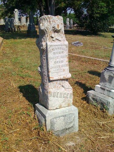 headstones seguin riversidecemetery woodmenoftheworld bbuerger