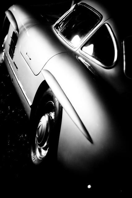 Photo:Mercedes Benz 300SL By Fotois.com / Dmaniax.com / 246g.com