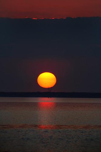 sunset sun lake nature water louisiana 300mm madisonville lakepontchartrain canonef70300mmf4556isusm mrgreenjeans gaylon gaylonkeeling