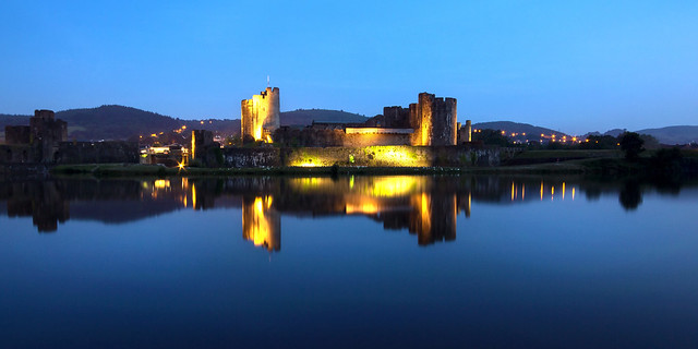 Evening at Caerphilly Castle, Canon EOS 700D, Sigma 10-20mm f/4-5.6